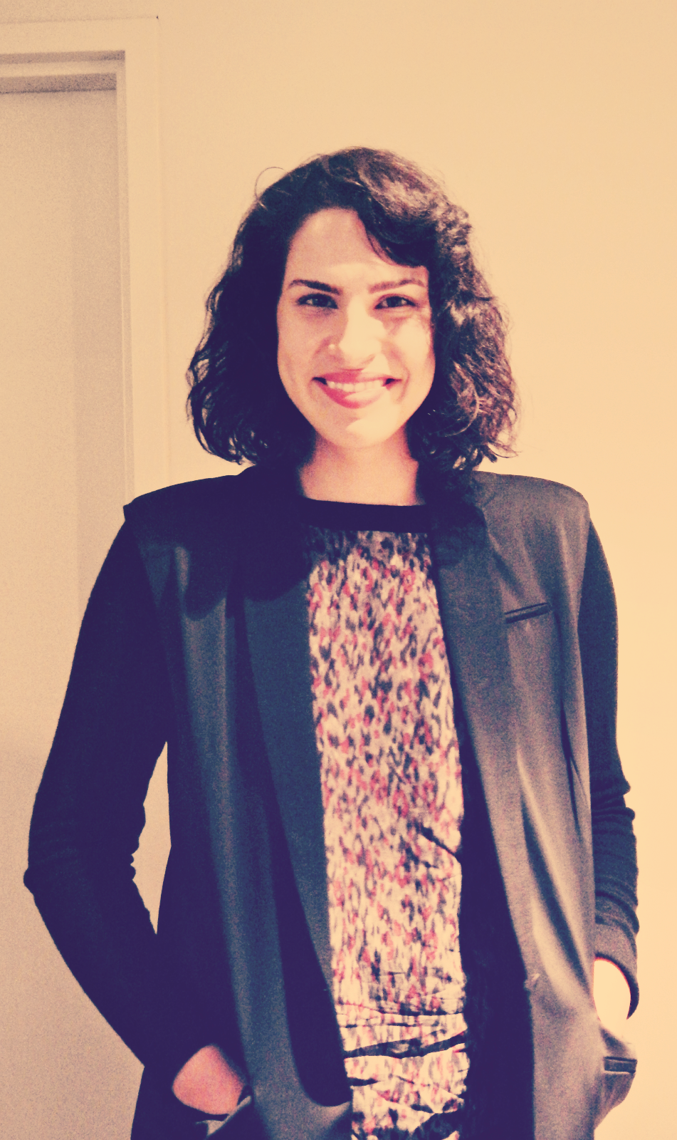 desiree akhavan height